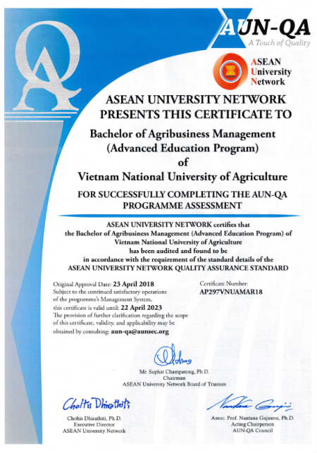 Chứng nhận đạt chất lượng chương trình tiên tiến ngành Quản trị kinh doanh nông nghiệp